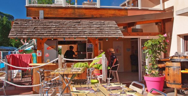 snack restaurant camping annecy