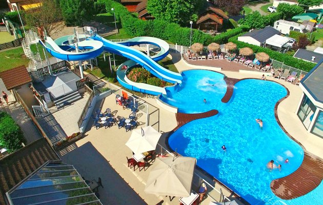 piscine annecy vue aerienne